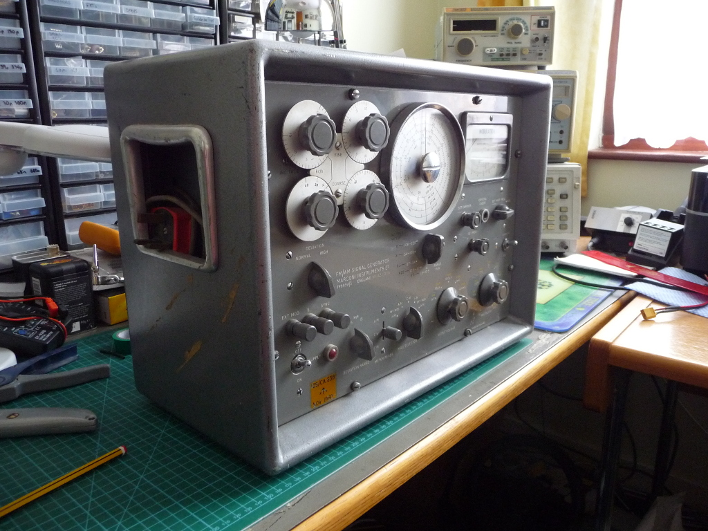 Marconi signal generator image 2